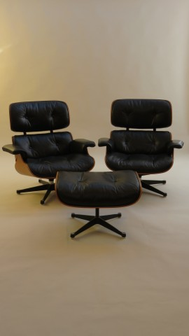 Pair of 1970s Eames Loungers and Ottoman by Mobilier International