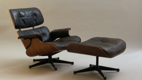 Eames Lounger and Ottoman 670 and 671 by Hille patinated leather