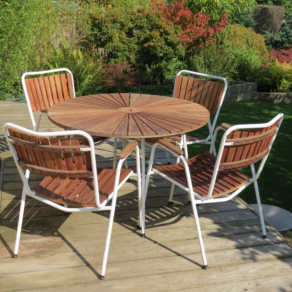 1960 Danish Daneline Garden Teak Table and Set of 4 Stackable Teak Garden Chairs