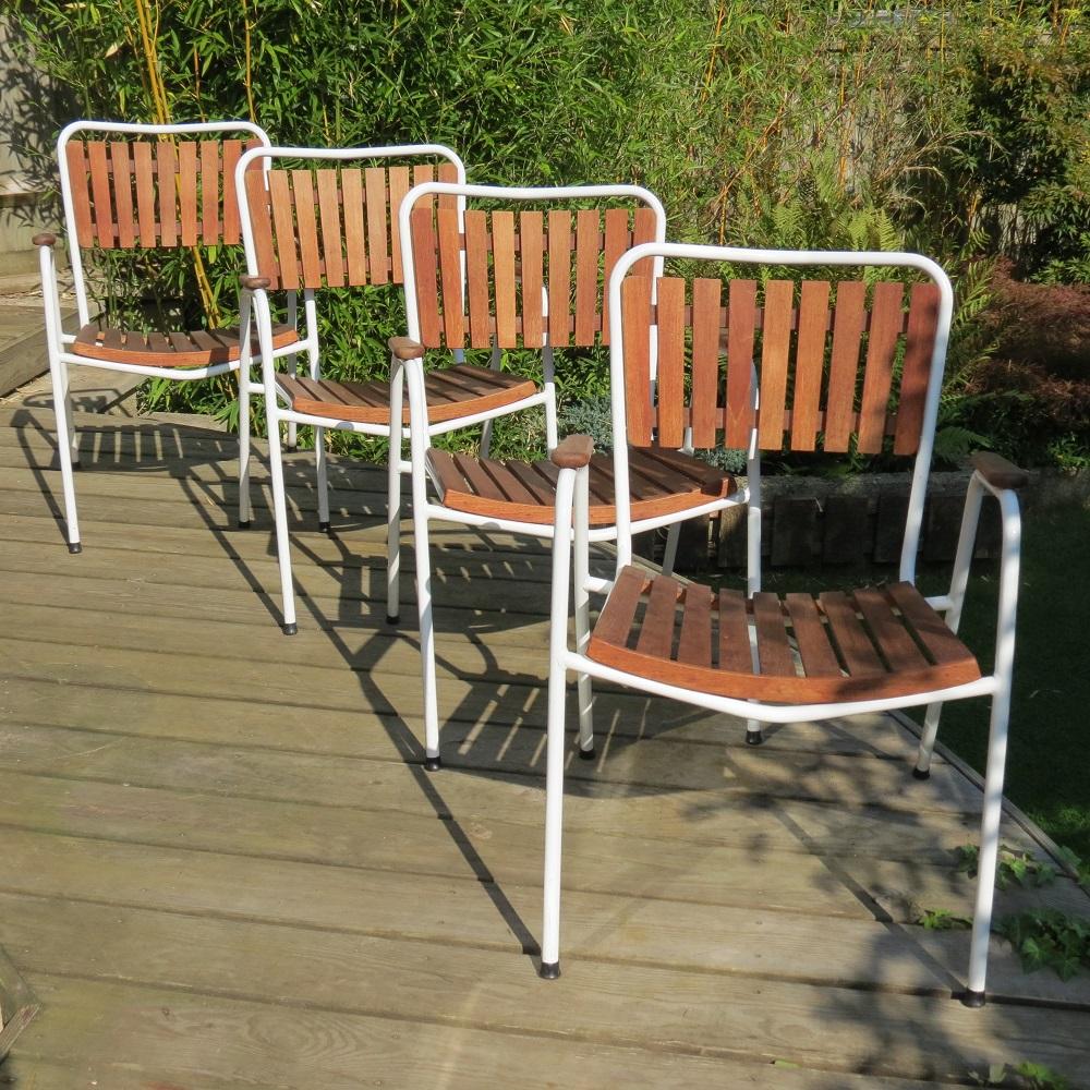 1960 Danish Daneline Garden Teak Table and Set of 4 Stackable Teak Garden Chairs image 3