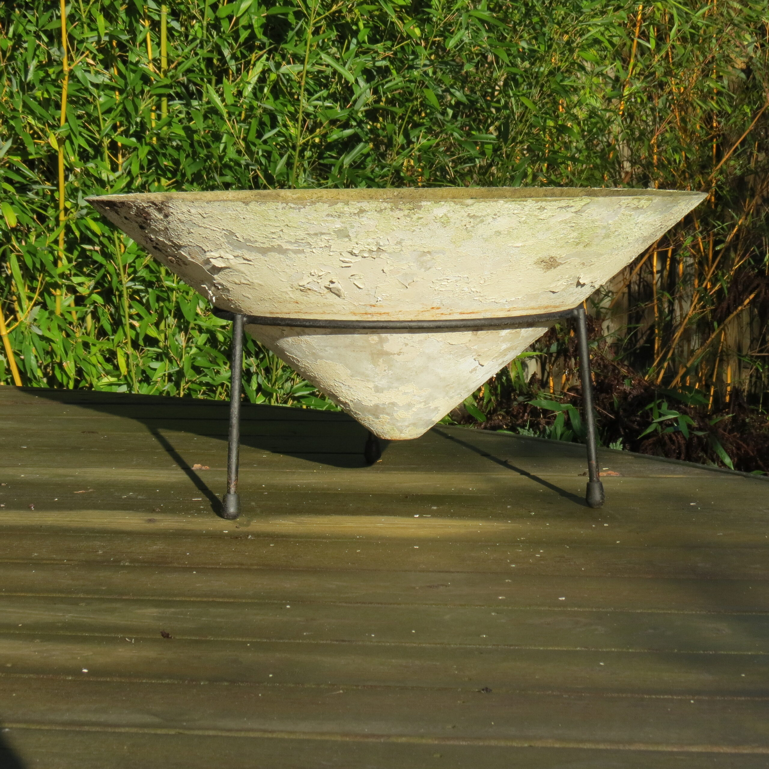 Very Large 1960s Conical Concrete Fibre Planter on Stand Florastone image 2