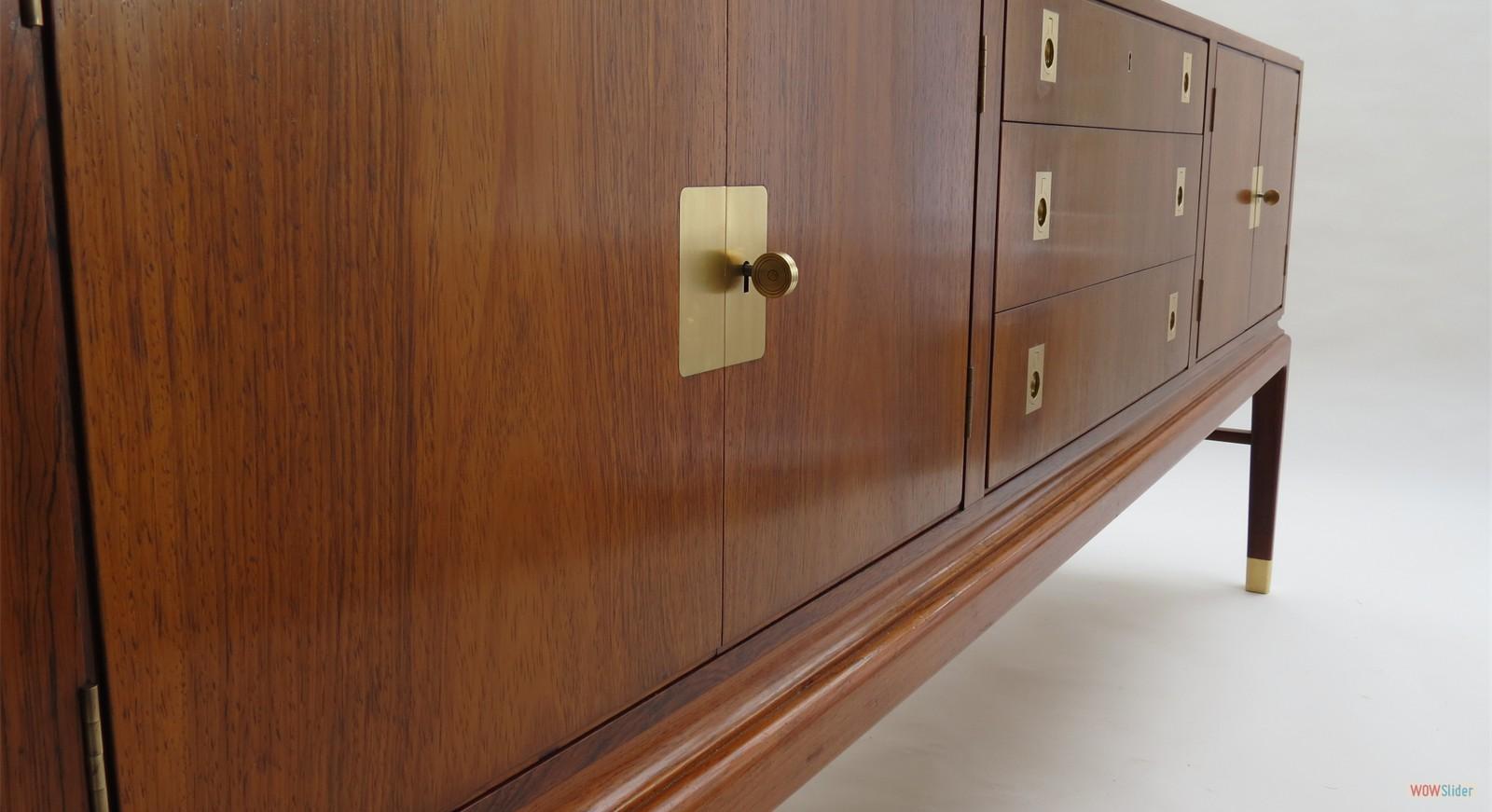 1hansen sideboard 040